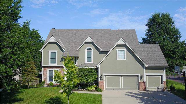 12341 Maple Street, Overland Park, KS 66209 (#2188499) :: Kansas City Homes