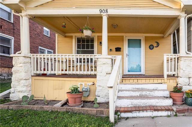 908 Central Avenue, Kansas City, KS 66101 (#2188622) :: Clemons Home Team/ReMax Innovations