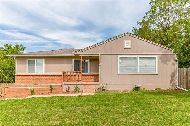 5624 Leavenworth Road, Kansas City, KS 66104 (#2188650) :: Clemons Home Team/ReMax Innovations