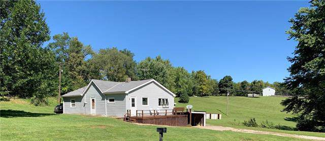 10110 SW State Route Jj N/A, St Joseph, MO 64504 (#2188700) :: Edie Waters Network