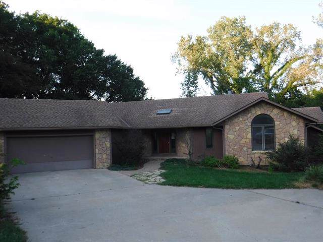 4100 Wimbledon Drive, Lawrence, KS 66047 (#2188701) :: House of Couse Group