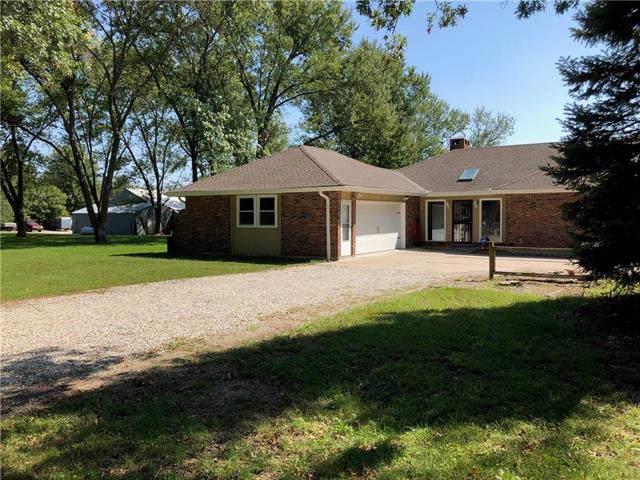 9019 NE 157 Street, Smithville, MO 64089 (#2188716) :: Kansas City Homes