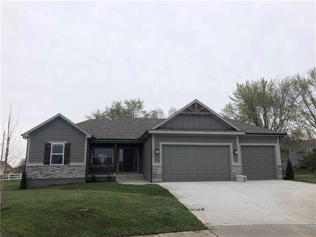 12005 Astor Court, Peculiar, MO 64078 (#2188733) :: Clemons Home Team/ReMax Innovations