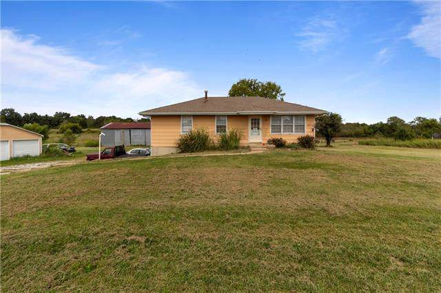 34906 E Colbern Road, Lone Jack, MO 64070 (#2188745) :: No Borders Real Estate