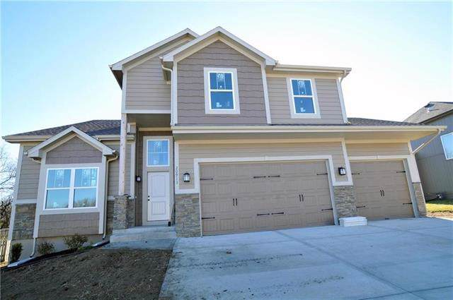 12003 Astor Court, Peculiar, MO 64078 (#2188751) :: Clemons Home Team/ReMax Innovations