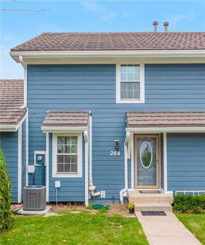264 Ne Bayview Drive, Lee's Summit, MO 64064 (#2188771) :: Kansas City Homes