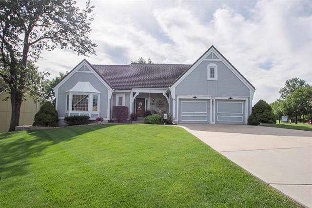 301 NE Brockton Drive, Lee's Summit, MO 64064 (#2188796) :: Kansas City Homes