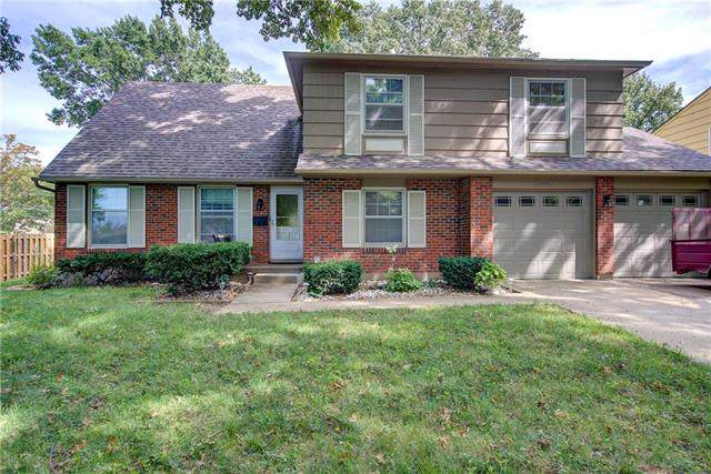 10407 Bales Avenue, Kansas City, MO 64137 (#2188853) :: Dani Beyer Real Estate