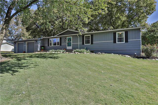 15705 Allen Avenue, Belton, MO 64012 (#2188854) :: Kansas City Homes