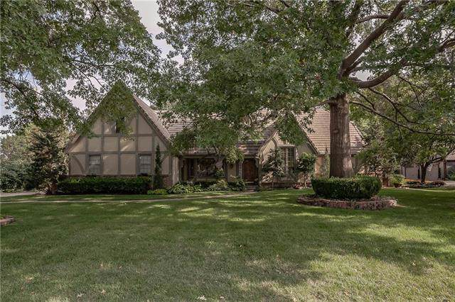3516 W 101 Terrace, Leawood, KS 66206 (#2188893) :: House of Couse Group