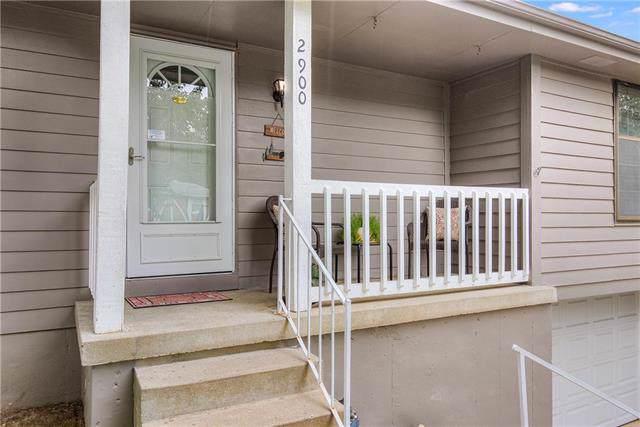 2900 SE 6TH Street, Blue Springs, MO 64014 (#2188898) :: Kansas City Homes