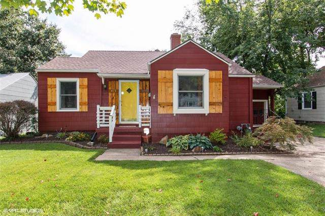 413 W 86th Street, Kansas City, MO 64114 (#2188919) :: Kansas City Homes