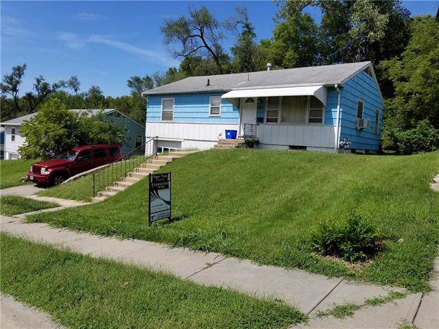 3812 E 69th Street, Kansas City, MO 64132 (#2188930) :: Kansas City Homes