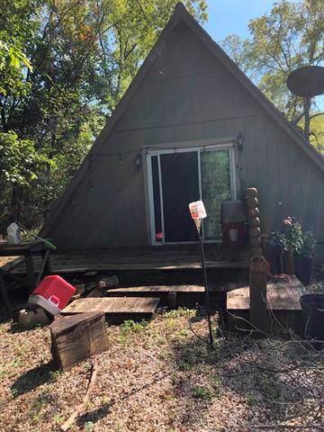 21 Shady Hollow Drive, Linn Valley, KS 66040 (#2188938) :: Kansas City Homes