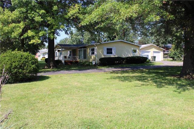 1101 W Chestnut Street, Savannah, MO 64485 (#2188949) :: Clemons Home Team/ReMax Innovations