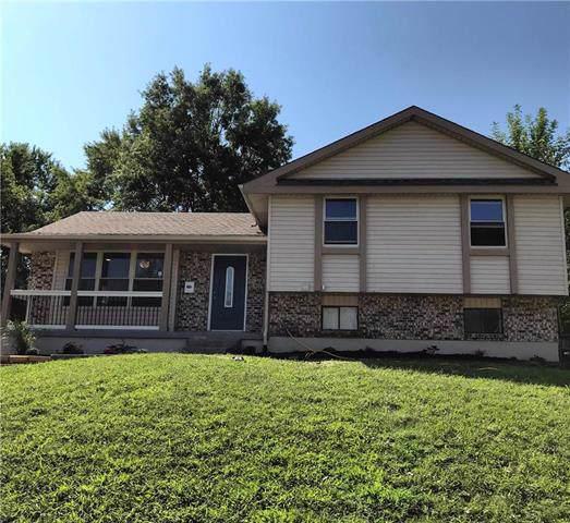 6305 E 140th Terrace, Grandview, MO 64030 (#2189009) :: Dani Beyer Real Estate