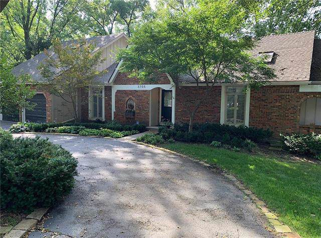 3705 Shawnee Mission Parkway, Fairway, KS 66205 (#2189010) :: House of Couse Group