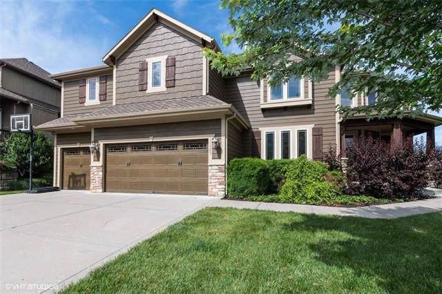 11323 S Gander Street, Olathe, KS 66061 (#2189019) :: House of Couse Group