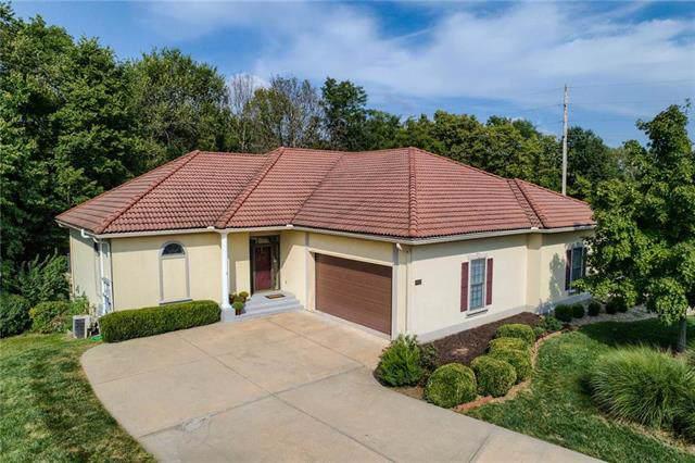 1402 SW Antiquity Drive, Lee's Summit, MO 64081 (#2189031) :: Eric Craig Real Estate Team