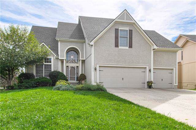 14317 Stearns Street, Overland Park, KS 66221 (#2189047) :: House of Couse Group