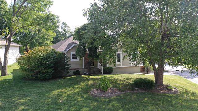 2400 NW 9th Street, Blue Springs, MO 64015 (#2189066) :: No Borders Real Estate
