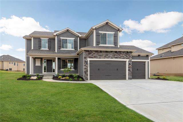 12224 S Quail Ridge Drive, Olathe, KS 66061 (#2189108) :: Eric Craig Real Estate Team