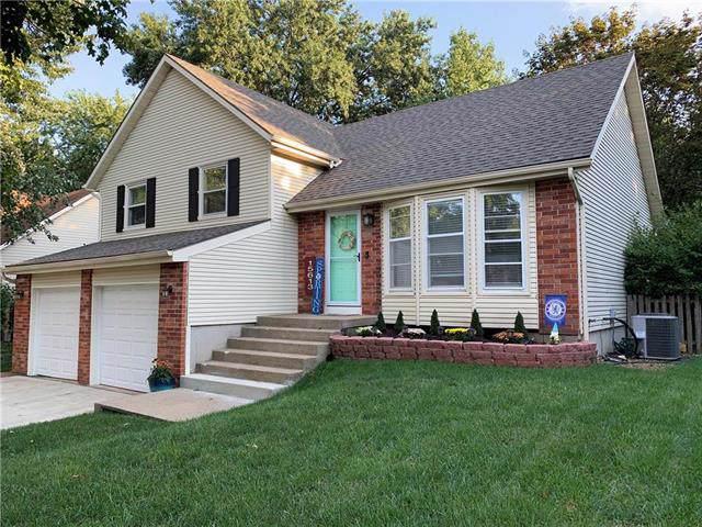 15613 W 125th Terrace, Olathe, KS 66062 (#2189143) :: House of Couse Group