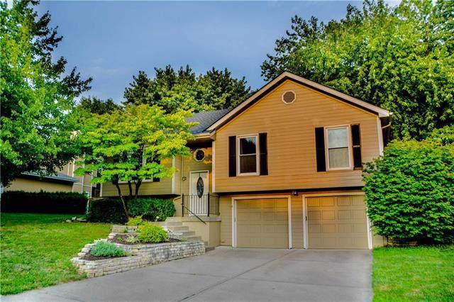 10005 N Highland Terrace, Kansas City, MO 64155 (#2189165) :: Kansas City Homes