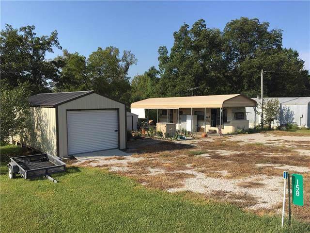 158 Holiday Lane, Linn Valley, KS 66040 (#2189172) :: Eric Craig Real Estate Team