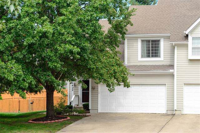 10622 W 116th Terrace, Overland Park, KS 66210 (#2189176) :: Ask Cathy Marketing Group, LLC
