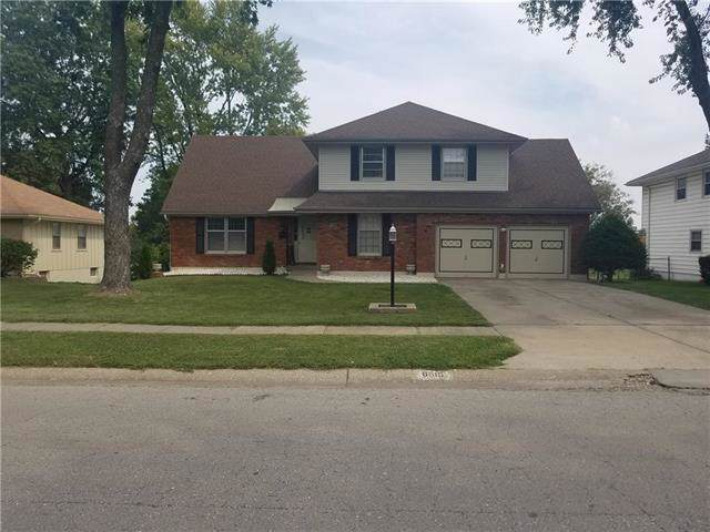 6515 N Michigan Avenue, Gladstone, MO 64118 (#2189183) :: House of Couse Group