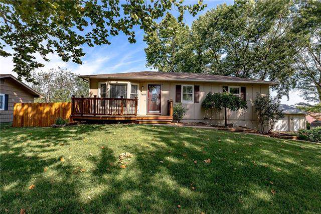 7400 NW 84th Terrace, Kansas City, MO 64153 (#2189284) :: Ask Cathy Marketing Group, LLC