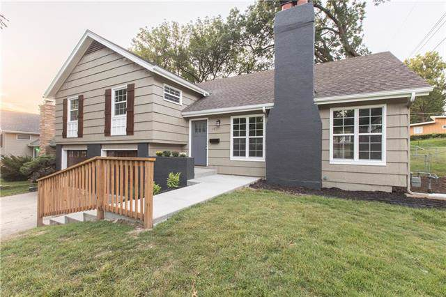 3815 W 51st Street, Roeland Park, KS 66205 (#2189381) :: House of Couse Group