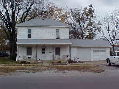 1426 S Ransom Street, Fort Scott, KS 66701 (#2189580) :: House of Couse Group