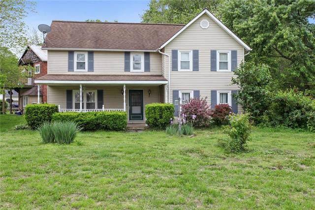 103 & 105 Short Street, Dearborn, MO 64439 (#2189617) :: Clemons Home Team/ReMax Innovations