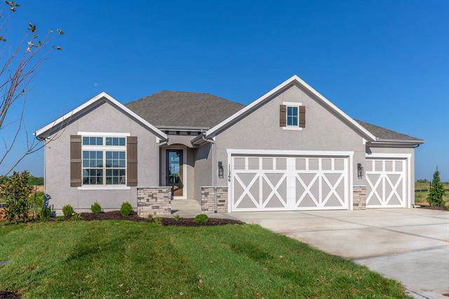 11266 S Violet Street, Olathe, KS 66061 (#2189682) :: House of Couse Group