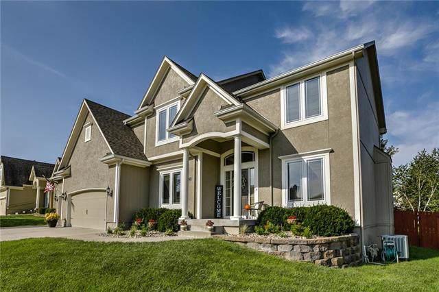 4424 SW Creekview Drive, Lee's Summit, MO 64082 (#2189713) :: Kansas City Homes