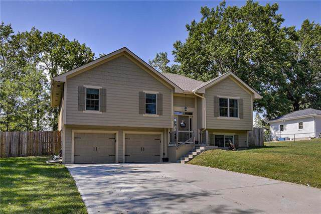 208 May Street, Excelsior Springs, MO 64024 (#2189761) :: The Shannon Lyon Group - ReeceNichols