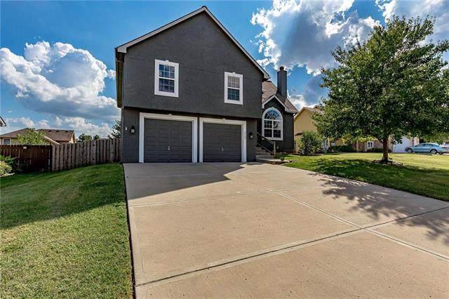 1705 NE 181ST Street, Smithville, MO 64089 (#2189772) :: Clemons Home Team/ReMax Innovations