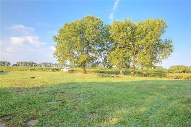 39803 E State Route 2, #4 Highway, Garden City, MO 64747 (#2189806) :: Kansas City Homes