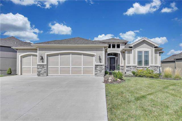 4522 NW Rossella Court, Riverside, MO 64150 (#2189839) :: Stroud & Associates Keller Williams - Powered by SurRealty Network
