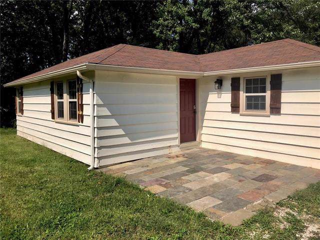 12117 County Road, Excelsior Springs, MO 64024 (#2189932) :: The Shannon Lyon Group - ReeceNichols