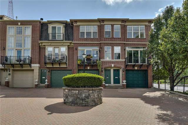 2942 Walnut Street, Kansas City, MO 64108 (#2189938) :: No Borders Real Estate