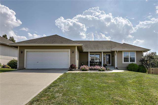 2225 Chanticleer Street, Excelsior Springs, MO 64024 (#2189994) :: The Shannon Lyon Group - ReeceNichols