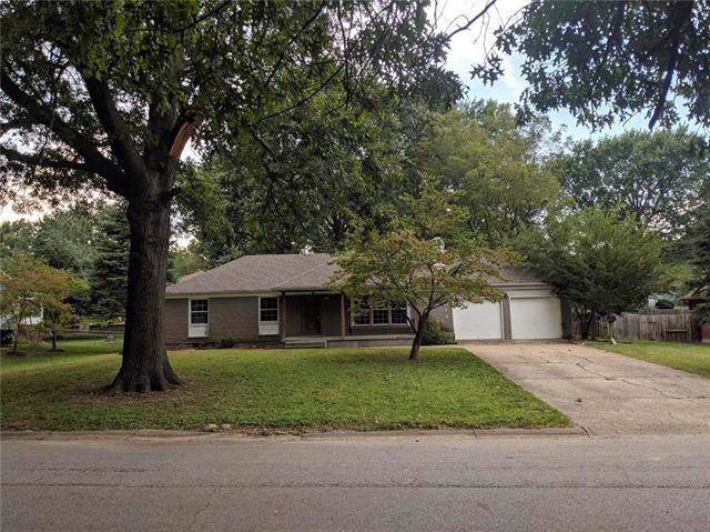 4014 S Forest Avenue, Independence, MO 64052 (#2190039) :: The Shannon Lyon Group - ReeceNichols