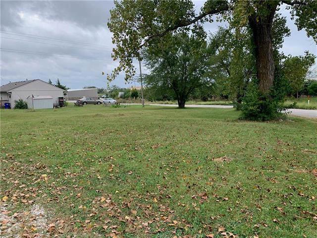 1260 S Brockway Street, Olathe, KS 66061 (#2190048) :: Eric Craig Real Estate Team