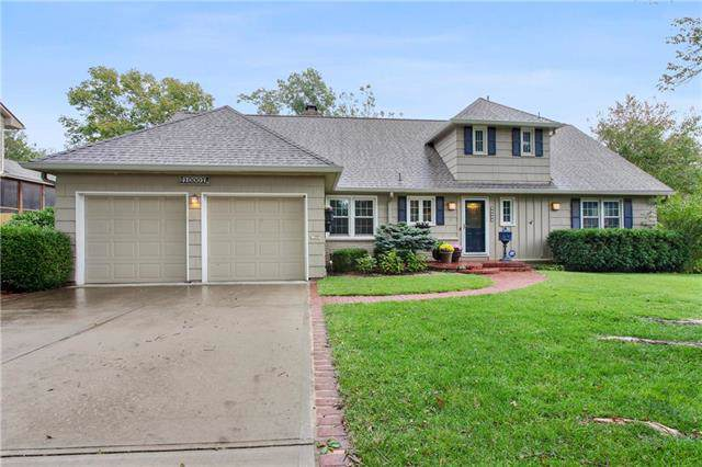 10007 Cedar Street, Overland Park, KS 66207 (#2190192) :: Kansas City Homes