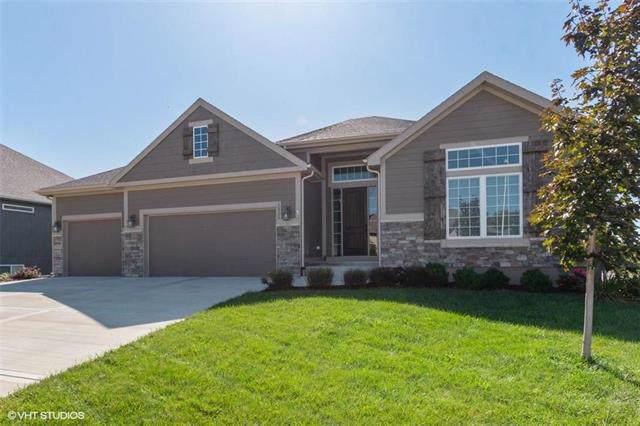 10926 N Hull Avenue, Kansas City, MO 64154 (#2190213) :: Clemons Home Team/ReMax Innovations