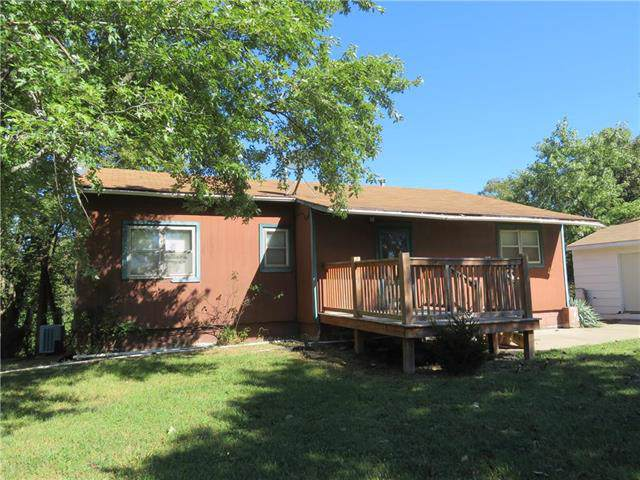 37590 169 Highway, Osawatomie, KS 66064 (#2190228) :: House of Couse Group