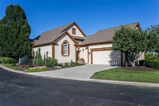 14344 Norwood Street, Leawood, KS 66224 (#2190472) :: Edie Waters Network